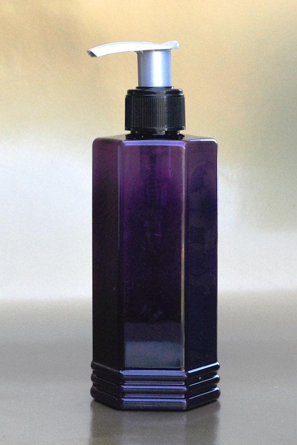 SNSET-250HEXPETPBSFRP-250ml Hexagonal PET Purple Bottle with Black/Silver Fine Ribbed Pump 24/410