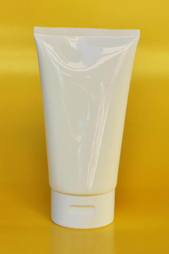 SNET-150WTWCFT-Pre Sealed Plastic Tube White 150g + White Cap Flip Top